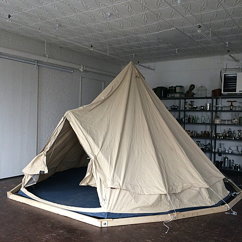 A Paisley & Jade favorite - the Canvas Tent! This super fun canvas tent large enough to fit a full bar or lounge area inside! Works indoors or outdoors.