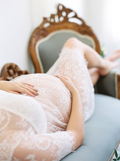 Beautiful Maternity Portraits with Nikki Santerre and Kim Stockwell in Richmond, Virginia with vintage rentals by Paisley & Jade